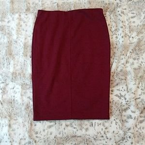 Burgundy Stretchy Flattering Pencil Skirt - LG